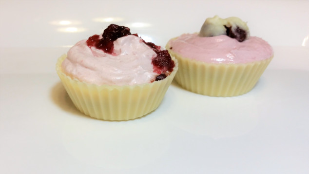 Chocolate Cups with Cranberry Crème