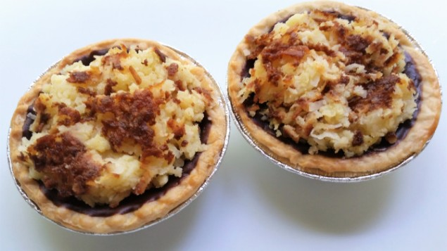 Mini Coconut Pie Delights with Dark Chocolate